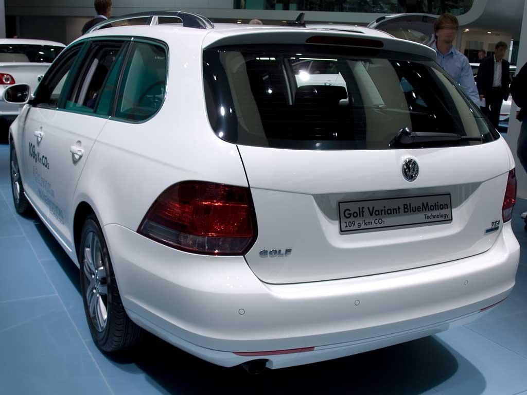 VW Golf Variant Match als Neuwagen günstig mit Rabatt kaufen