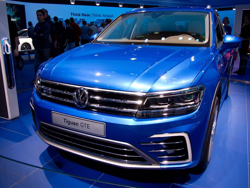 Jetzt den neuen VW Tiguan Neuwagen mit bis zu 16.75% Rabatt günstig kaufen